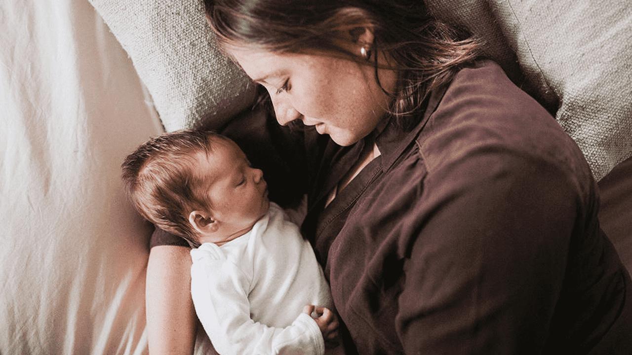 Khắc phục trầm cảm sau sinh phải làm sao? (1)