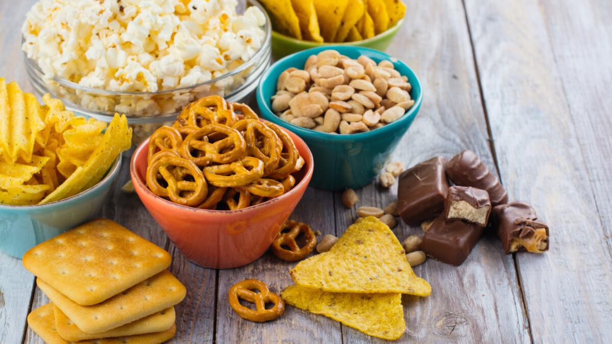 10 cách giúp bạn đánh bại cơn thèm đồ ăn vặt (1)